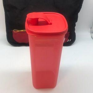 Tupperware Bottle Aqua Fresh 2 Liter